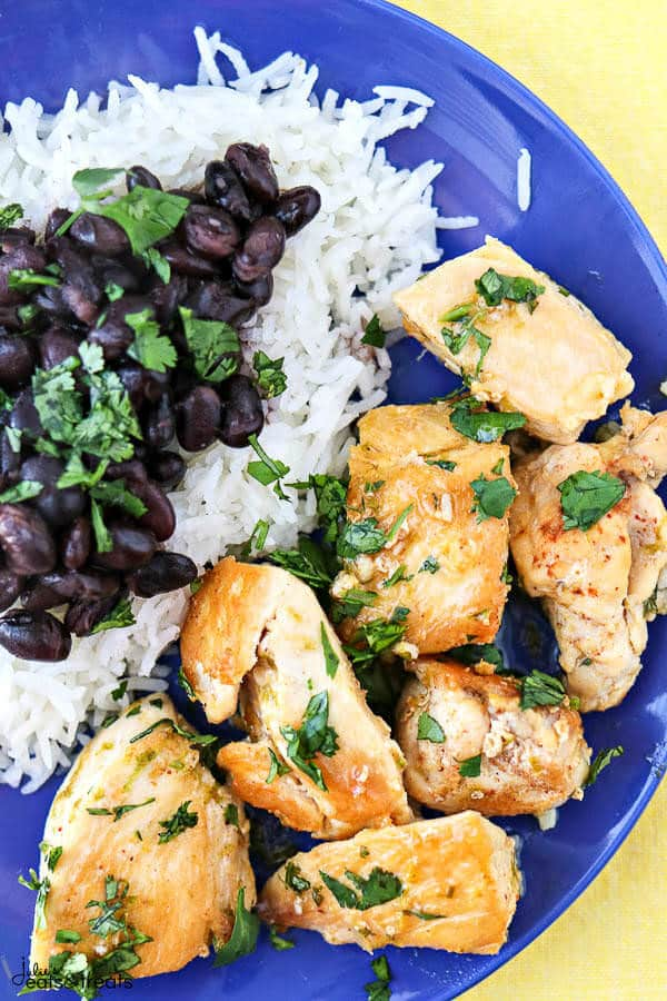 Cilantro Lime Chicken Bites - These ultra flavorful cilantro lime chicken bites only require 5 ingredients and take less than 20 minutes to make. Perfect for an easy, simple weeknight meal!