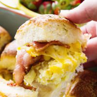 Cheesy Bacon Egg Breakfast Sliders ~ Delicious Slider Sandwiches Stuffed with Bacon, Scrambled Eggs and Cheese! The Perfect Easy Breakfast or Brunch Recipe!