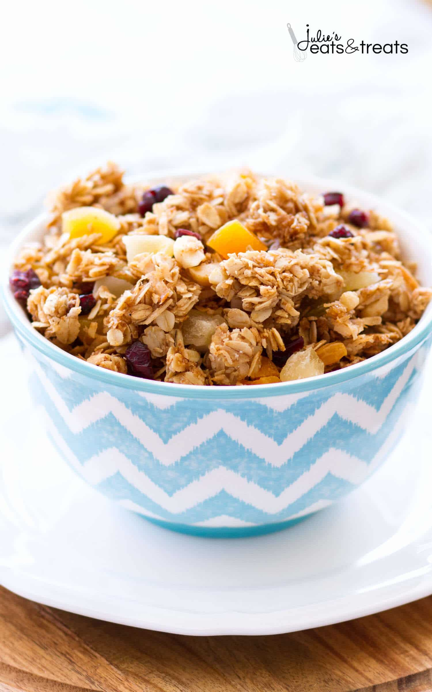 Homemade Tropical Coconut Granola ~ Homemade Granola Loaded with Dried ...