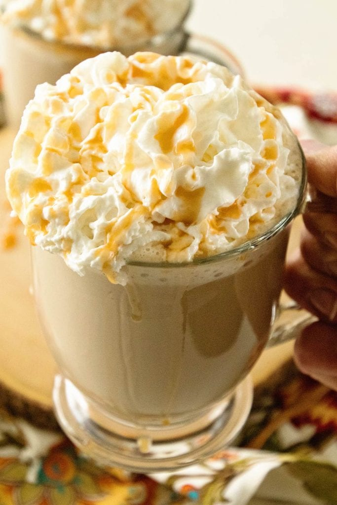 How to Make a Caramel Latte at home!