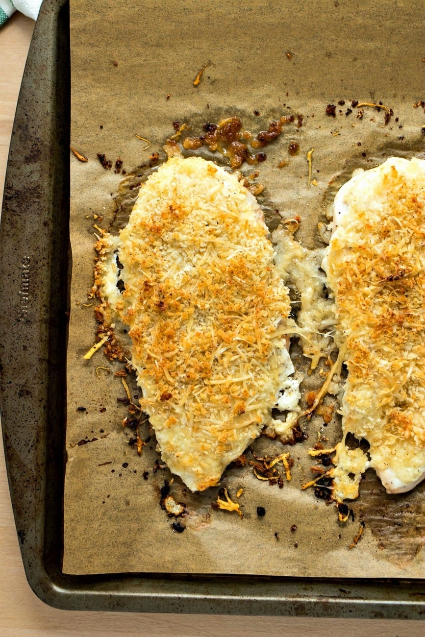 Baked Parmesan Crusted Chicken Julie S Eats Amp Treats