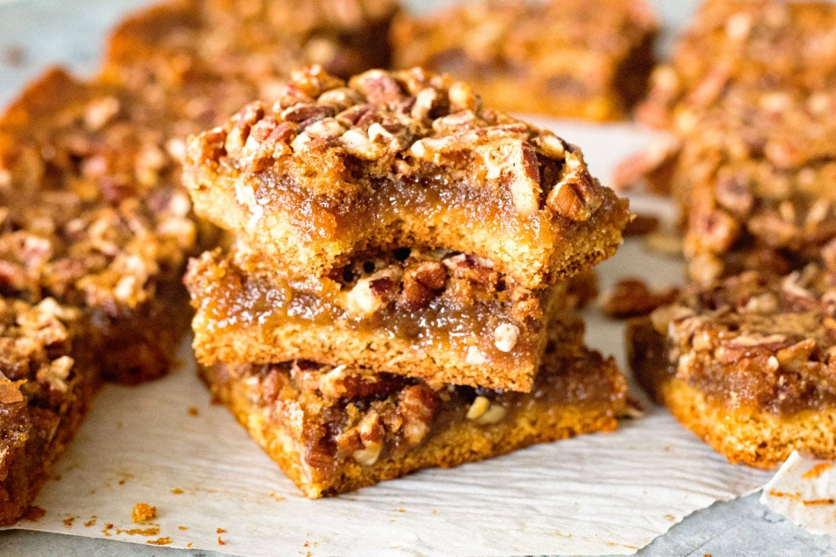 Easy Pecan Pie Bars Perfect For Holiday Gatherings