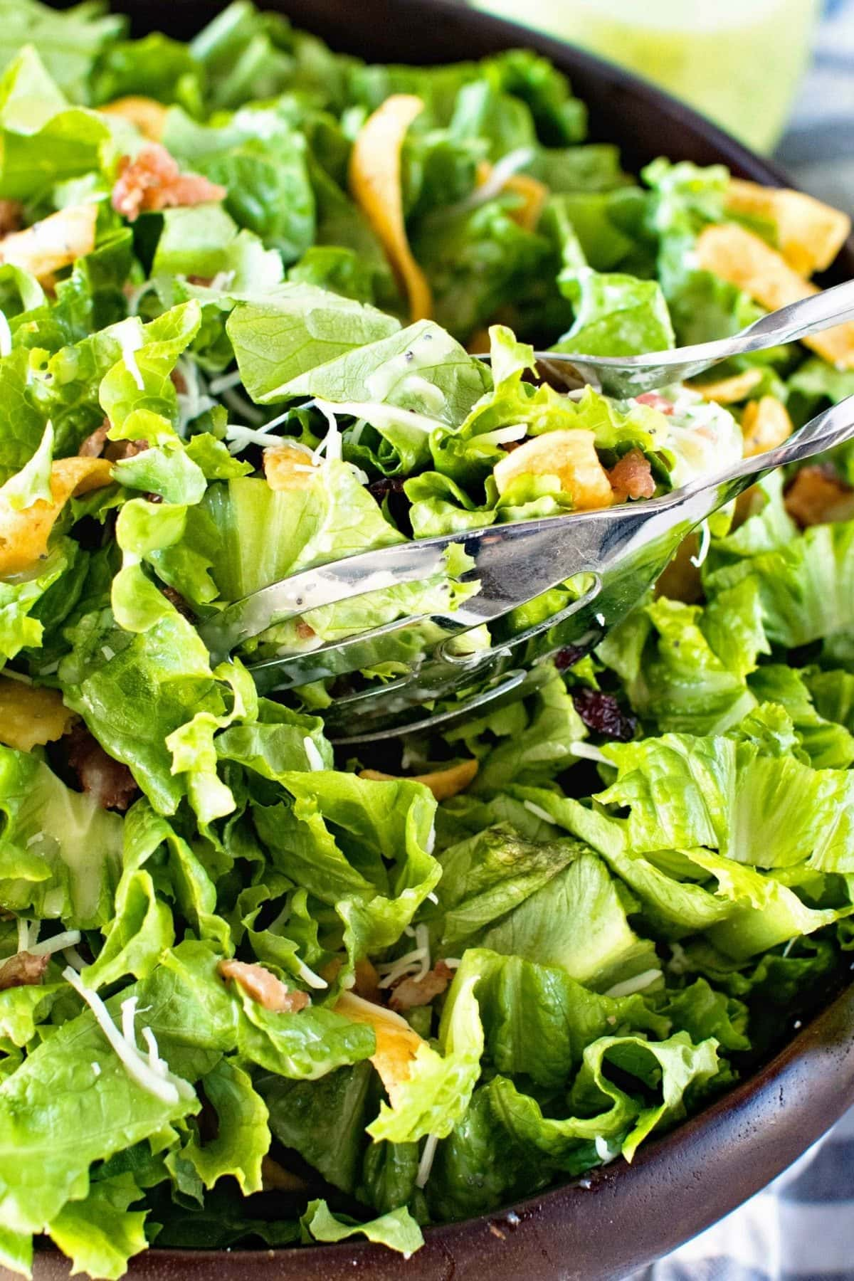 One of the best lettuce salad recipes in bowl