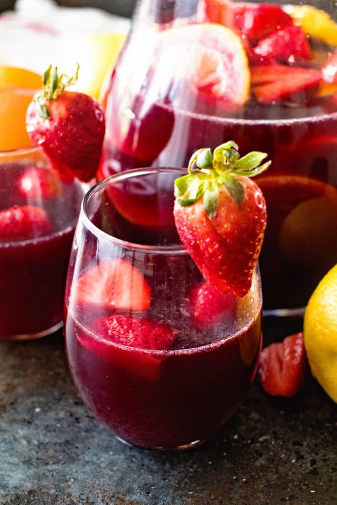 easy red sangria recipe in glass