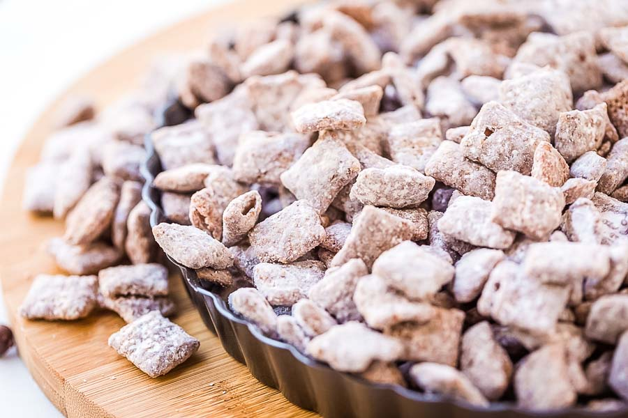 Puppy Chow in tray