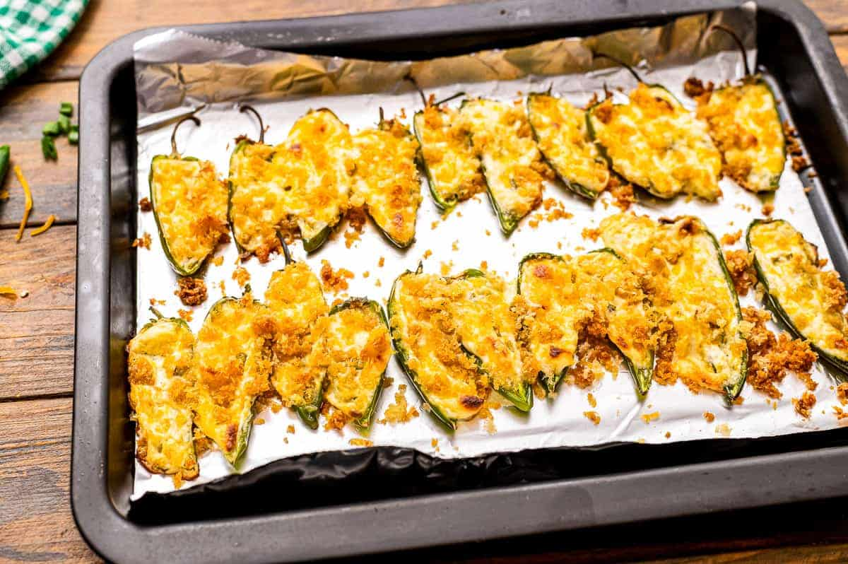 Sheet pan baked jalapeno poppers on it