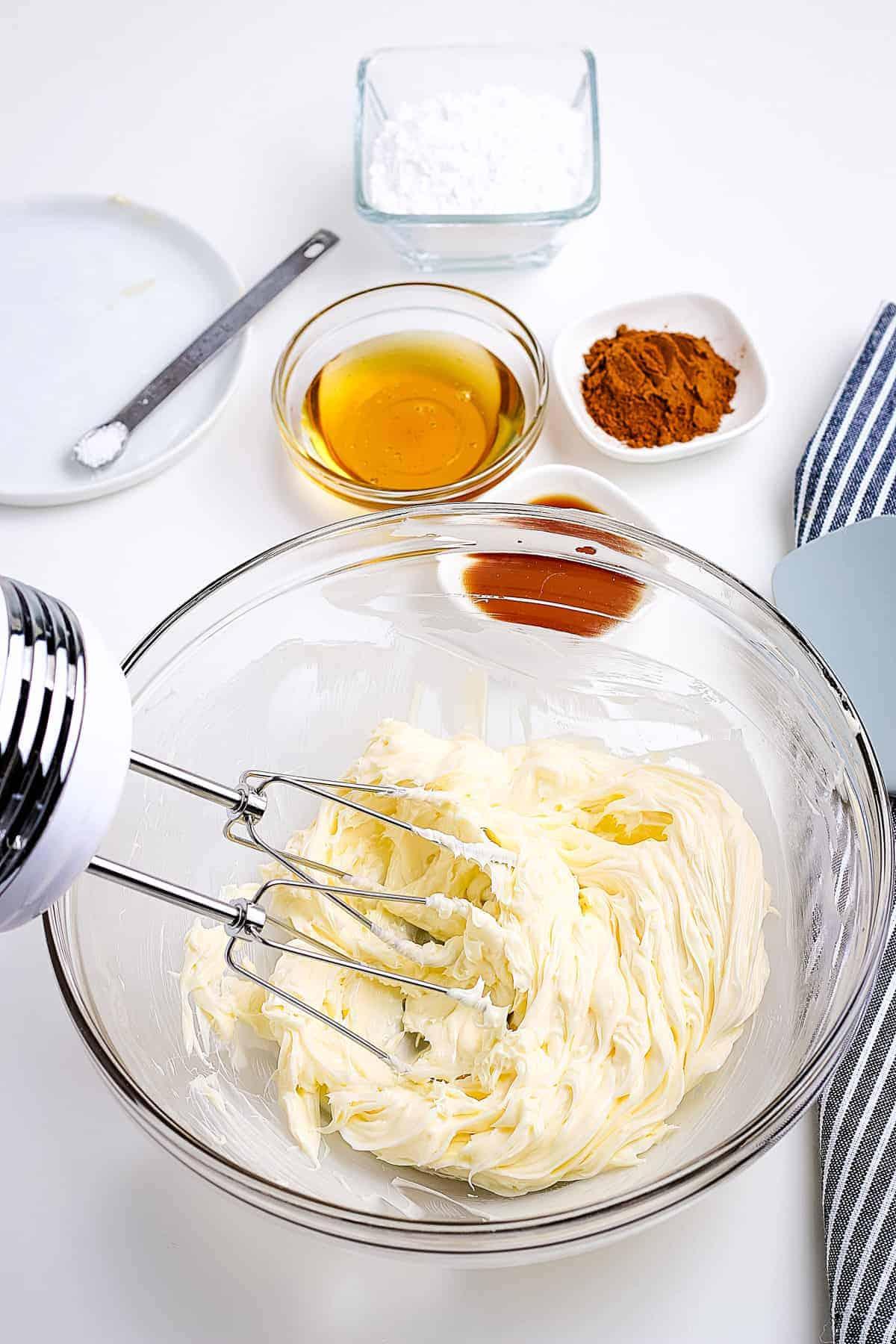 Hand mixer whipping butter