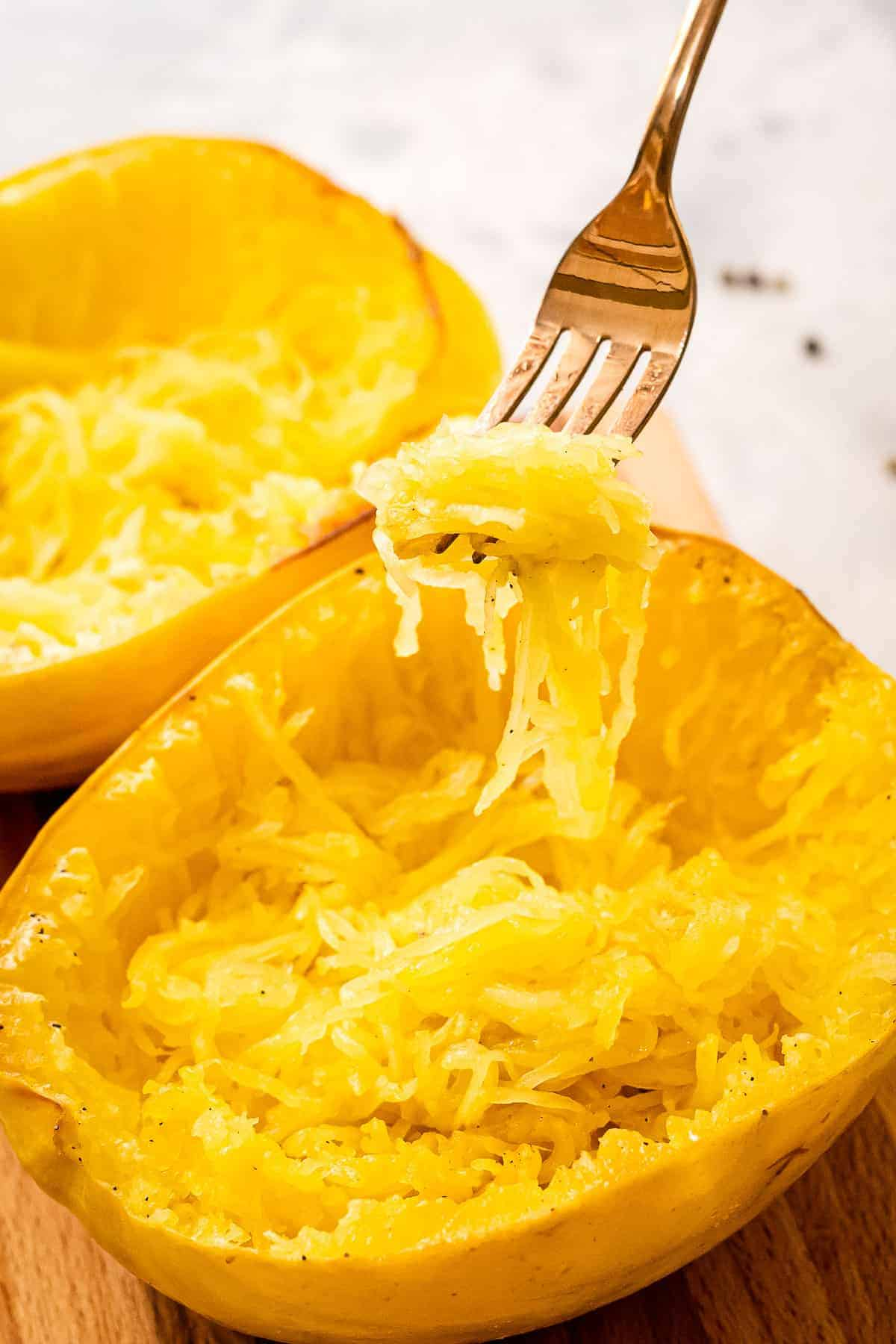 Fork with spaghetti squash on it